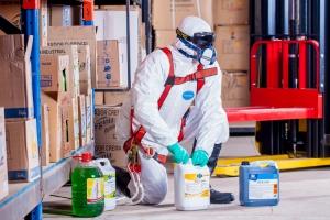 В помощ на работодатели и работещи при извънредно положение